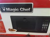 MAGIC CHEF MICROWAVE OVEN MCM990ST